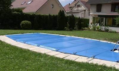 Bâche à barres sur mesure, bâche 4 saisons de piscine
